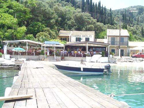 Nikolas Tavern, Agni Bay